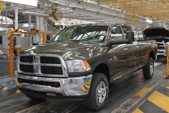 M-Chrysler-Ram-2500-CNG-2-1